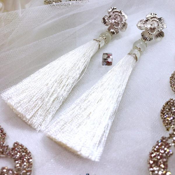 Tassel Earrings White Dream