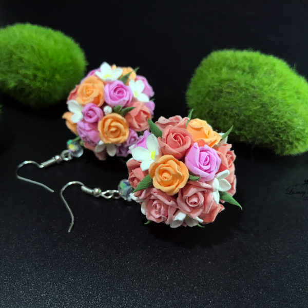 Airy Flowers Earrings Night Kisses