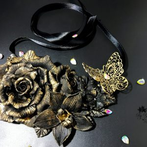 Black Rose Necklace Agata